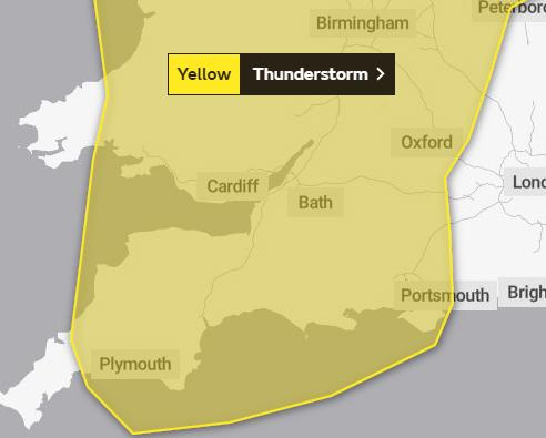 WARNING: Thunderstorms are set to strike the UK