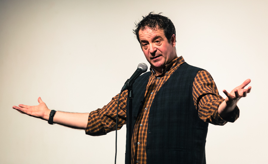 Mark Thomas: 50 Things About Us!