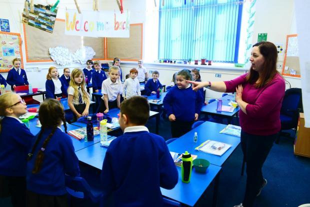 Chard & Ilminster News: Stoke-Sub-Hamdon School ; Totnes Class with Mrs Sanderford