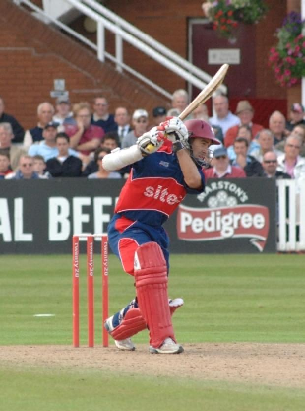 Justin Langer in action for Somerset