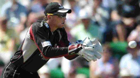 Chard & Ilminster News: CRICKET: Buttler takes over England gloves from Kieswetter