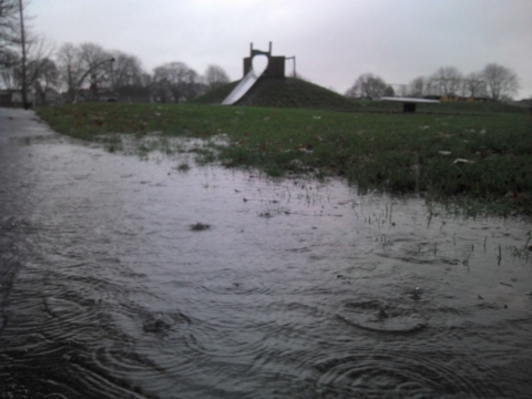 Flooding in Cranleigh Gardens, Bridgwater.