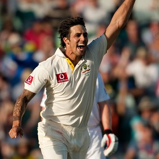 Mitchell Johnson's four for 63 helped Australia bowled Sri Lanka out for just 156 in the Boxing Day Test