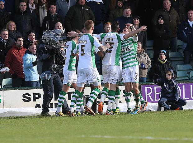 Chard & Ilminster News: SkyBet Championship: Yeovil Town 1, Leeds United 2