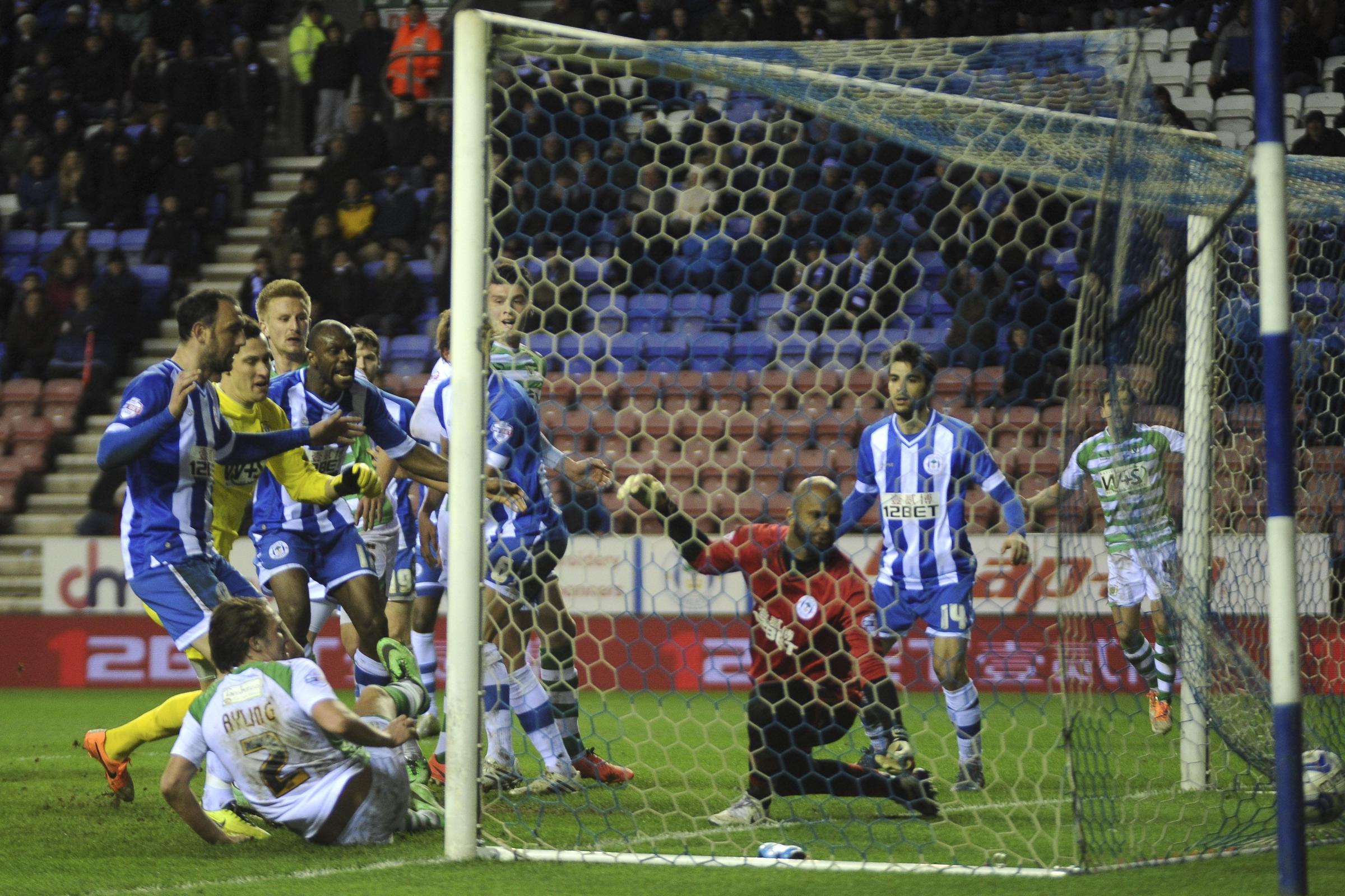 SkyBet Championship - Wigan Athletic 3, Yeovil Town 3