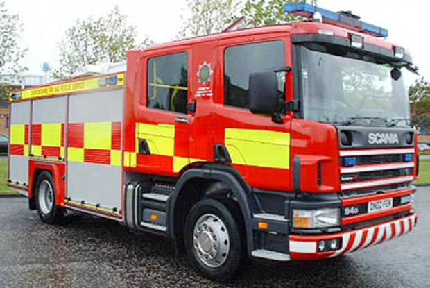 Chard & Ilminster News: Fire crews tackle mile-long fire on Exmoor