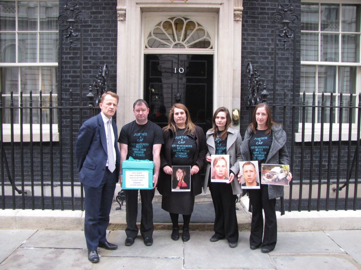 Catherine Wells-Burr family take campaign to keep killers in UK to Downing Street in London
