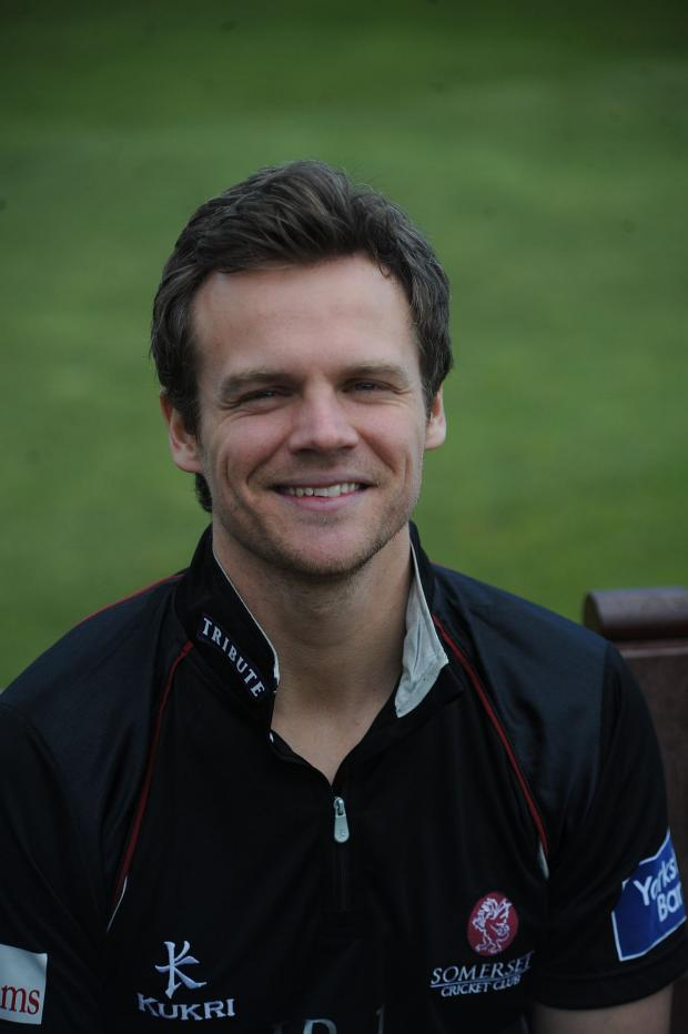 Chard & Ilminster News: CRICKET: Hildreth signs three year extension at Somerset