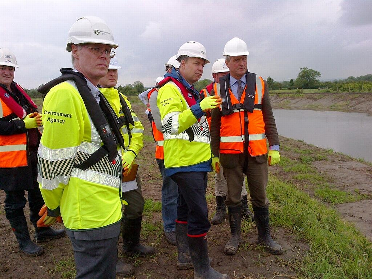 Owen Paterson observing dredging on the Somerset Levels. Photo: Twitter @EnvAgencySW.