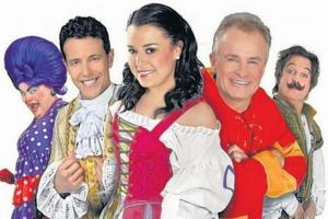 Easter enchantment with Bobby Davro