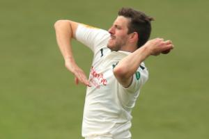 Yorkshire hang on for draw in thrilling finale against Nottinghamshire