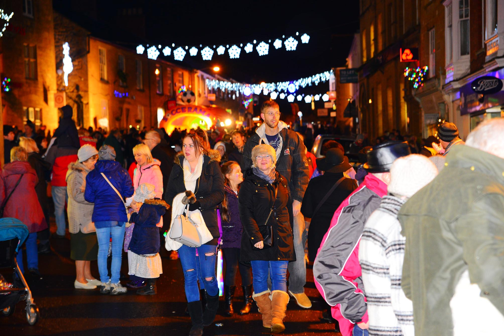Ilminster Victorian Evening: Everything you need to know about tonight's lights switch on
