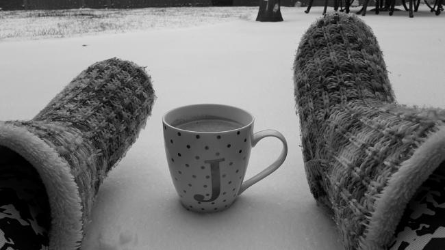 Enjoying my morning hot chocolate out in the snow. A few pictures taken at waterleaze. LOVING THE SNOW!!!