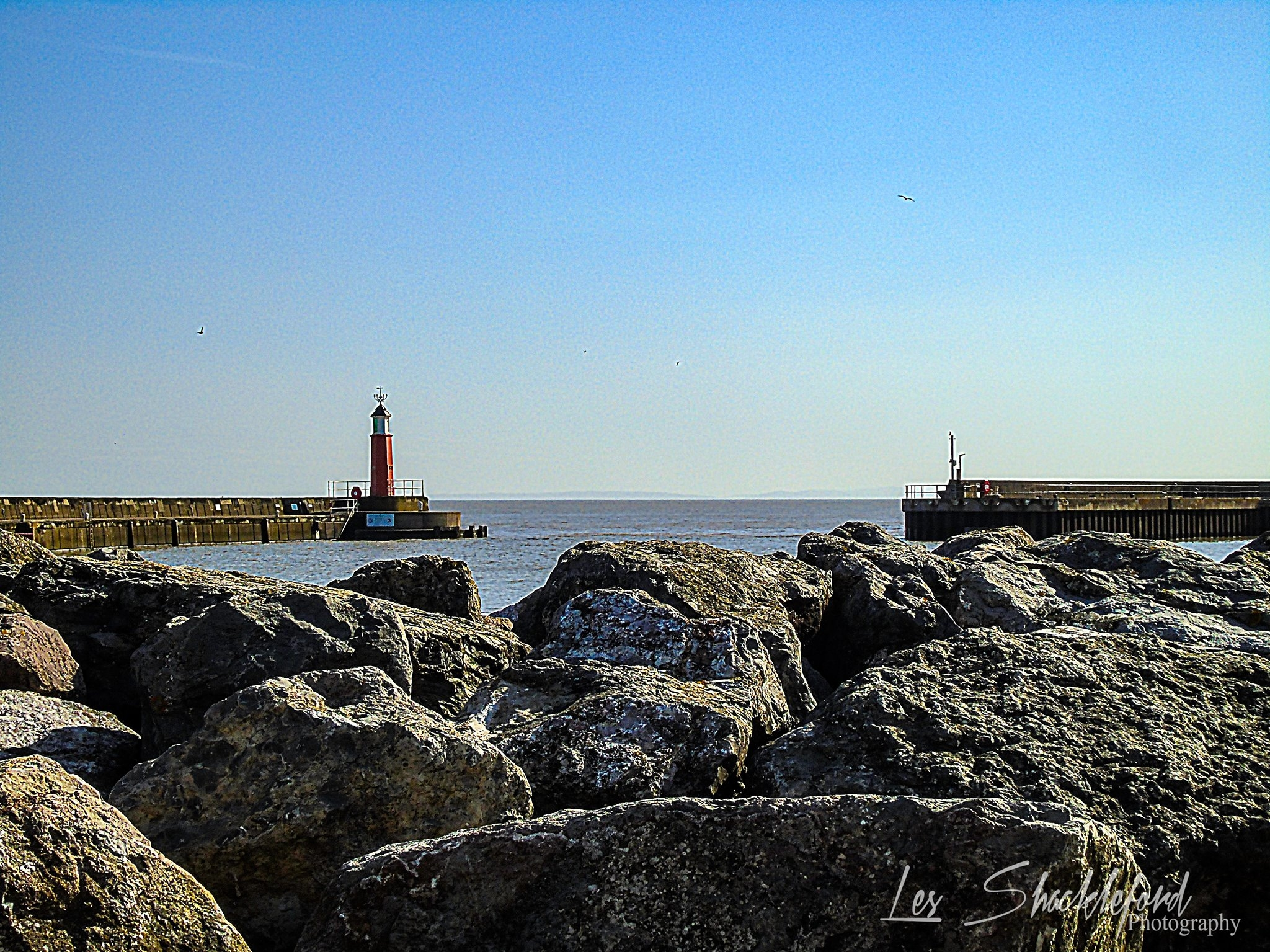 CLEAR SKIES: The entrance to Watchet Harbour by Les Shackleford - Somerset Camera Club