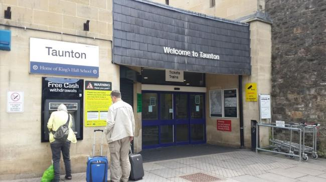 BUS REPLACEMENTS: Taunton Railway Station