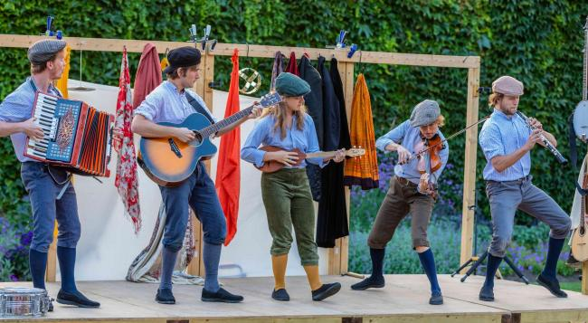 OPEN AIR THEATRE: A summer of fun at Montacute House and Barrington Court
